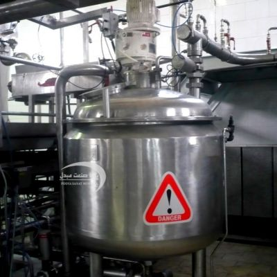 500-liter stainless steel fermenter